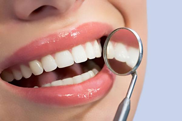 ایمپلنت دندان دیجیتالی چیست؟