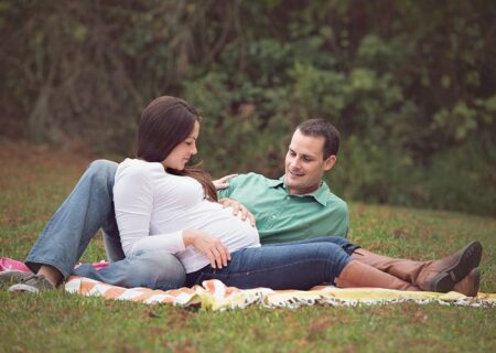 چگونه با همسر باردار رفتار کنیم ؟بایدها و نبایدهای مردانه