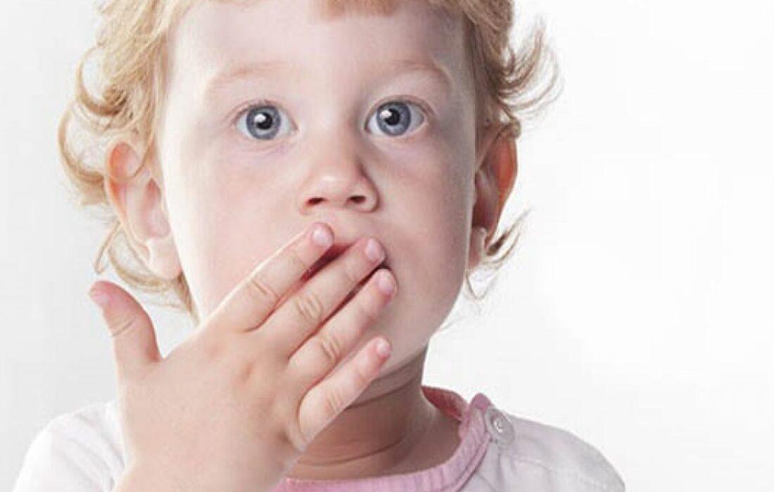 مشکلاتی که افراد مبتلا به لکنت زبان با آن دست و پنجه نرم میکنند!
