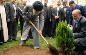 مسئولین در روز درختکاری