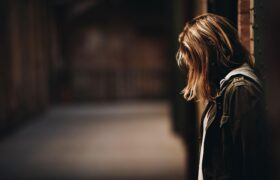 افسردگی در کودکان و بزرگسالان و تمام علائم آن