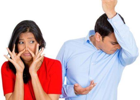 علت و درمان بوی بد زیر بغل