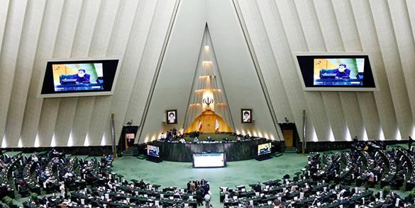 مجلس نابسامانی های بازار مرغ را بررسی می کند