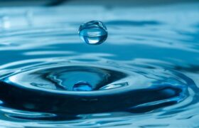 آب مایه حیات/ و فوائد آن