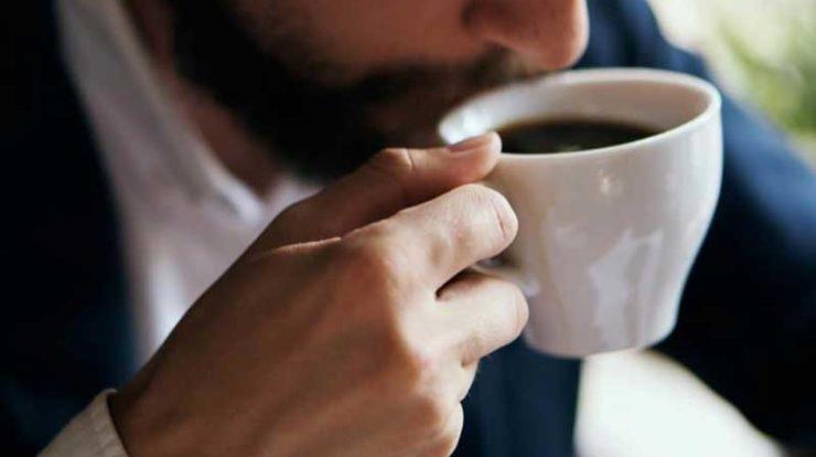 نوشیدن قهوه