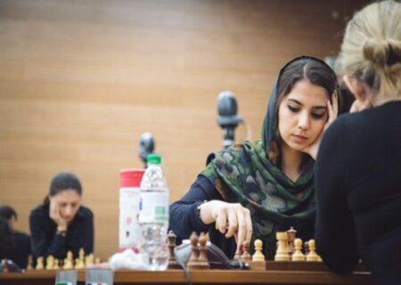 فیلم خواستگاری از مریم فلاح نابغه شطرنج توسط قهرمان جهان