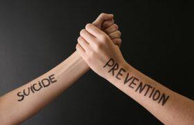 آموزش راه هایی برای پیشگیری از خودکشی