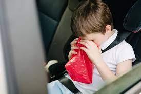 حالت تهوع کودکان/وقتی فرزندم استفراغ می کند چه کار کنم؟