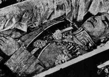 عکس،جنازه مومیایی شده رضا شاه بعد از 70 سال