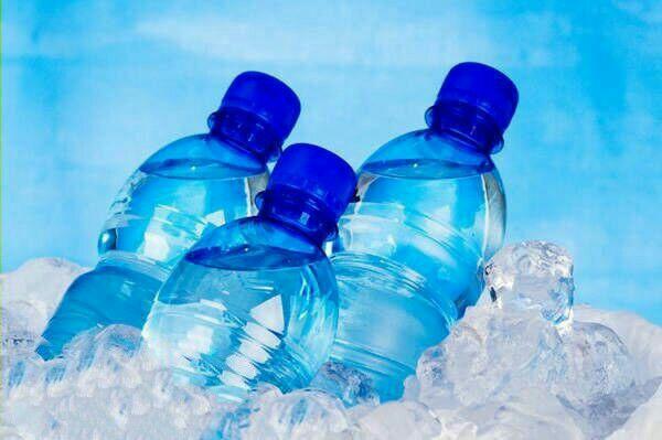 ترفندها/گذاشتن بطری پلاستیکی در فریزر