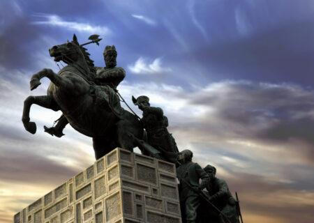 مردی بزرگ از سرزمین ایران/نادر شاه افشار، آخرین فاتح  زمین