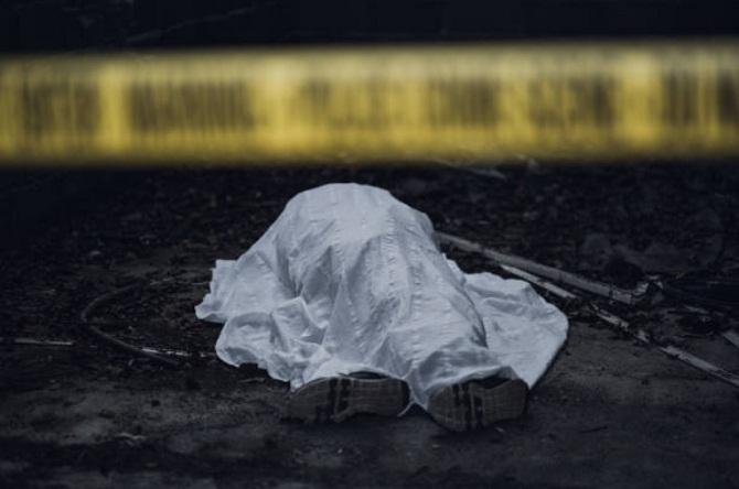 سلفی با جسد یک مرد/عکس زوج جوان تهرانی در کنار جنازه
