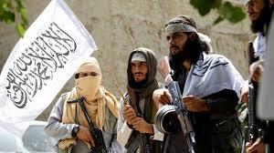 خفتگیری شبانه شهروند کابلی توسط طالبان/فیلم