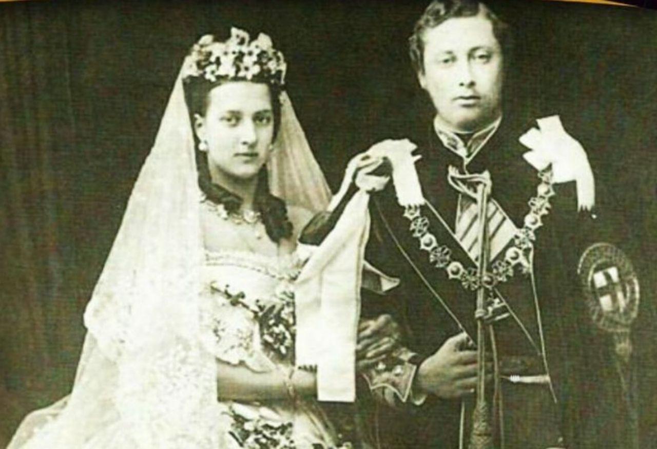 اولین لباس عروس سفید