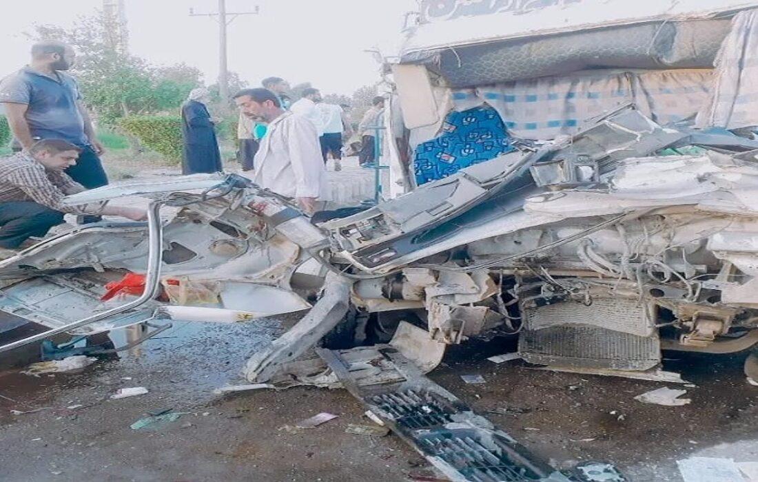 تصادف زائرین کربلا در جاده اهواز/دو کشته و 12 زخمی