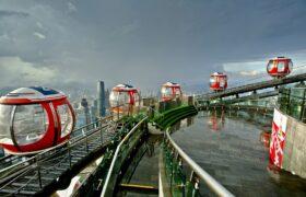 فیلمی دیدنی از یکی از بلندترین چرخ و فلک های جهان در چین
