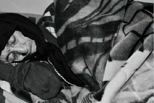 پیرترین زن ایران درگذشت/خانم « گلی پاپی» از استان لرستان