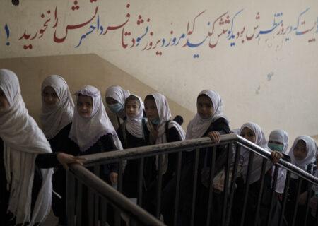 طالبان: خبر بازگشایی مدارس دخترانه شایعه