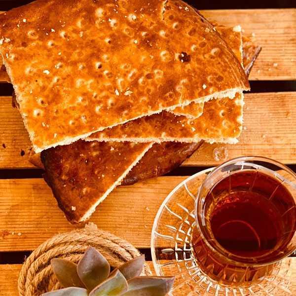 طرز تهیه نان قندی یکی از نوستالژی های دوران کودکی