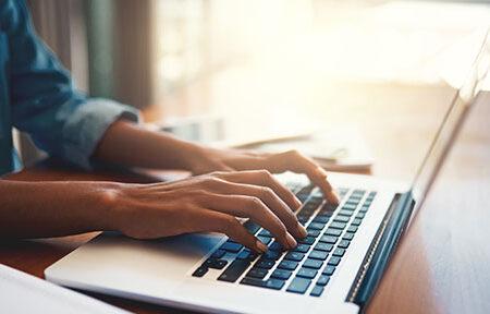 با چه راهکارهایی طول عمر باتری لپ تاپ را افزایش دهیم؟