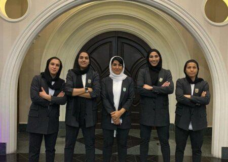تصاویری از تیپ رسمی دختران فوتبال ایران با کت و شلوار برای اعزام به انتخابی آسیا