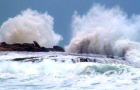 هشدار سطح قرمز دریایی از ورود یک سامانه به سواحل سیستان و بلوچستان/فیلم