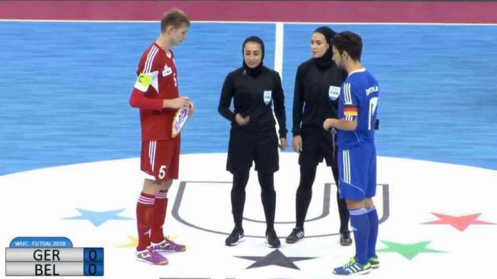 گلاره ناظمی اولین داور زن ایرانی در فوتسال جام جهانی مردان