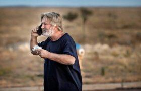 الک بالدوین فیلمبردار فیلمش را کشت و کارگردان فیلمش را زخمی کرده است!