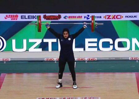 یکتا جمالی اولین دختر تاریخ ساز/ فیلم لحظه بالا بردن وزنه و کسب مدال نقره