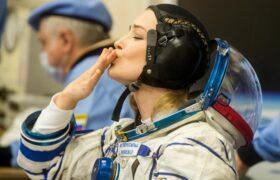 اولین فیلم سینمایی در فضا/فیلم بازگشت بازیگر زن و کارگردان روس از فیلمبرداری در فضا!