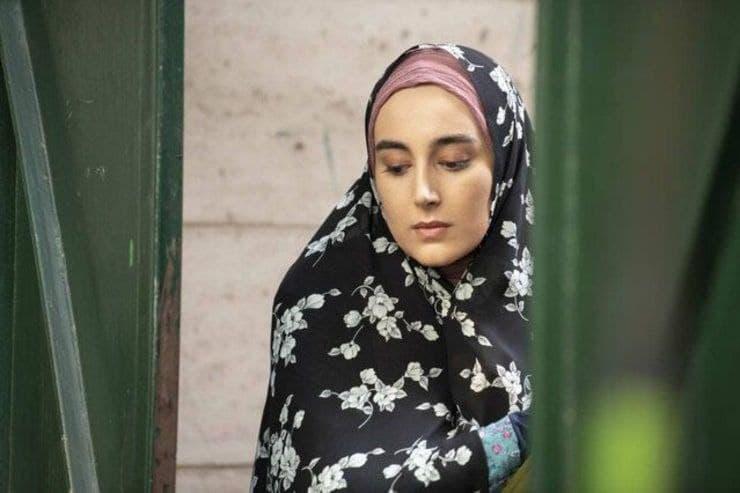 نویسنده افغانستانی با تمجید از سریال همسایه/مشکلات در حد اشاره نماند