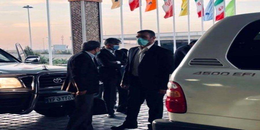 دیپورت احمدی نژاد از امارات!؟/فیلم احمدی نژاد در فرودگاه دبی